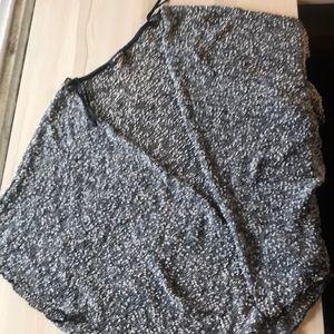 Sleeveless loose cardigan